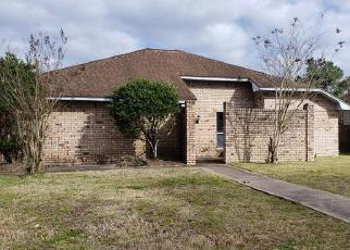 Foreclosed Home in Beaumont 77713 BIRCH LN - Property ID: 4379654728