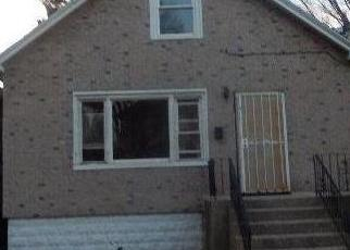 Foreclosed Home in Chicago 60617 S SAGINAW AVE - Property ID: 4379667869