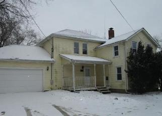 Foreclosed Home in Plano 60545 E PARK ST - Property ID: 4379673106