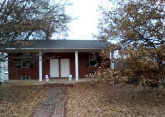 Foreclosed Home in Red Bud 62278 E MARKET ST - Property ID: 4379674428