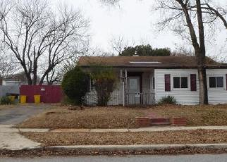 Foreclosed Home in Glen Burnie 21060 FITZALLEN RD - Property ID: 4379699393