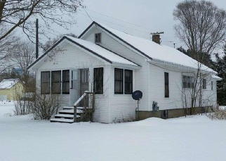 Foreclosed Home in Evart 49631 N HEMLOCK ST - Property ID: 4379728745