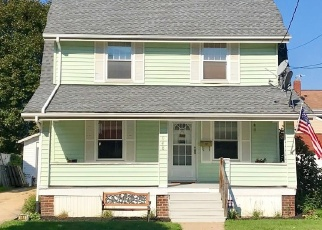 Foreclosed Home in Akron 44310 DAVIS ST - Property ID: 4379748895