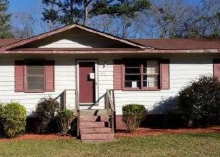 Foreclosed Home in Phenix City 36870 LEE ROAD 479 - Property ID: 4379758520