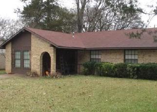 Foreclosed Home in Henderson 75654 PRICE ST - Property ID: 4379839995