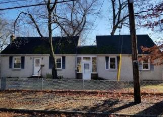 Foreclosed Home in Spotswood 08884 WILSON AVE - Property ID: 4379946413