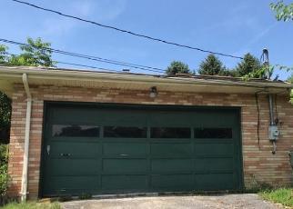 Foreclosed Home in Breinigsville 18031 BREINIGSVILLE RD - Property ID: 4379972701