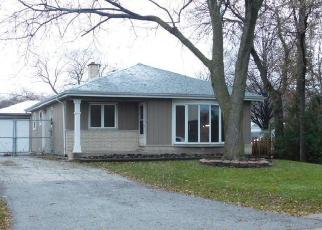 Foreclosed Home in La Grange 60525 9TH AVE - Property ID: 4379981897