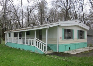 Foreclosed Home in Central Point 97502 TABLE ROCK RD - Property ID: 4379988905