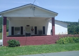 Foreclosed Home in Stanardsville 22973 DYKE RD - Property ID: 4380003344