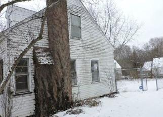Foreclosed Home in Youngstown 44511 HERMOSA DR - Property ID: 4380037509