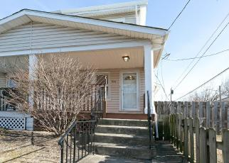 Foreclosed Home in Trenton 08629 PARK AVE - Property ID: 4380074747