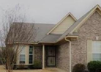 Foreclosed Home in Olive Branch 38654 PECAN MEADOW DR E - Property ID: 4380148317
