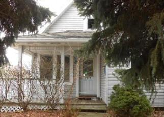 Foreclosed Home in South Milwaukee 53172 MACKINAC AVE - Property ID: 4380186419