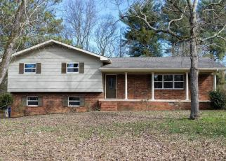 Foreclosed Home in Chattanooga 37421 CREEKWOOD TERRACE LN - Property ID: 4380229791