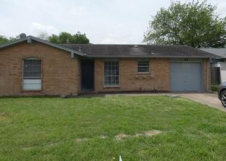 Foreclosed Home in Garland 75040 QUEBEC DR - Property ID: 4380279718