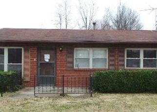 Foreclosed Home in Fairdale 40118 GARY WAY - Property ID: 4380316503