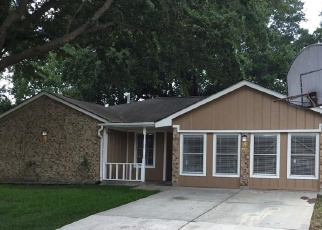Foreclosed Home in Pasadena 77505 SUNSHINE LN - Property ID: 4380491697