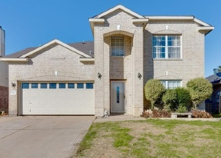 Foreclosed Home in Arlington 76001 GILLON DR - Property ID: 4380503515