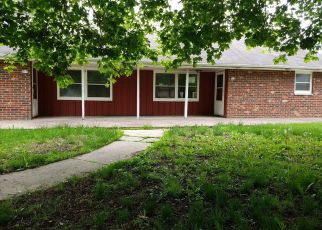 Foreclosed Home in Waterford 53185 S WATER ST - Property ID: 4380532870