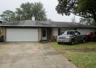 Foreclosed Home in Jacksonville 32221 GRAYBAR DR - Property ID: 4380630975