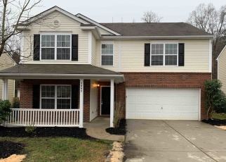 Foreclosed Home in Charlotte 28215 BUCKLEIGH DR - Property ID: 4380649355