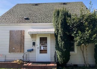 Foreclosed Home in Puyallup 98371 12TH ST SW - Property ID: 4380752727