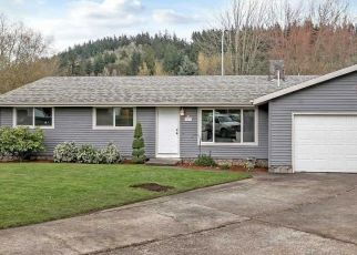 Foreclosed Home in Gresham 97080 SW 6TH PL - Property ID: 4381022515