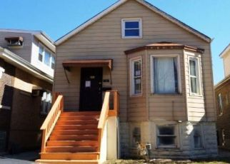 Foreclosed Home in Cicero 60804 S 57TH AVE - Property ID: 4381070244