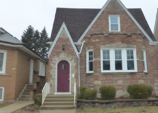 Foreclosed Home in Chicago 60634 W CORNELIA AVE - Property ID: 4381073765