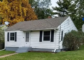 Foreclosed Home in Madison 53714 RETHKE AVE - Property ID: 4381094334