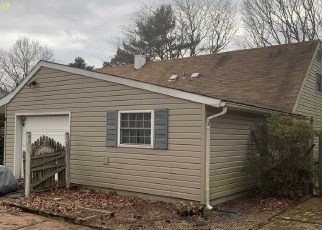 Foreclosed Home in Islandia 11749 SYCORA LN - Property ID: 4381194642