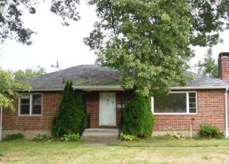 Foreclosed Home in Waterbury 06708 HIGHLAND DR - Property ID: 4381348815