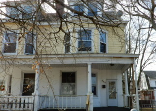 Foreclosed Home in Trenton 08618 CARTERET AVE - Property ID: 4381372451