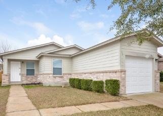 Foreclosed Home in San Antonio 78245 HAWKSBILL PEAK - Property ID: 4381460485