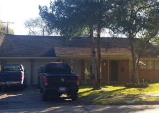 Foreclosed Home in Alvin 77511 KOST RD - Property ID: 4381674209