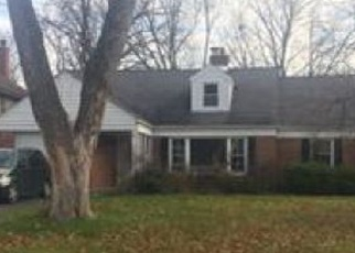 Foreclosed Home in Flossmoor 60422 BUNKER AVE - Property ID: 4381700948