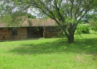 Foreclosed Home in Red Oak 75154 SPRING HILL RD - Property ID: 4381851603