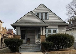 Foreclosed Home in Milwaukee 53216 N 44TH ST - Property ID: 4381869110