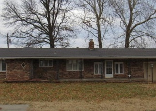 Foreclosed Home in Springfield 65802 W DOVER ST - Property ID: 4382061388