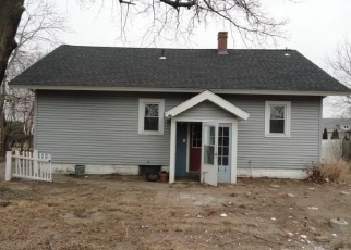 Foreclosed Home in Warwick 02886 GREENE ST - Property ID: 4382247531