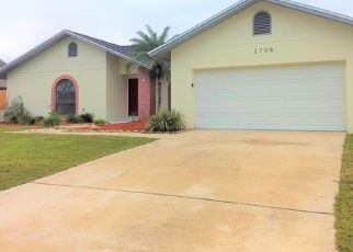 Foreclosed Home in Plant City 33566 SAGEBRUSH RD - Property ID: 4382371474