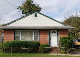 Foreclosed Home in Westbury 11590 BROOK ST - Property ID: 4382663604