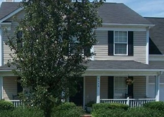 Foreclosed Home in Charlotte 28269 GOLDEN POND DR - Property ID: 4382862438