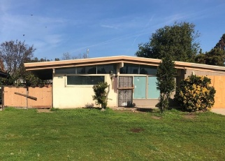 Foreclosed Home in Fresno 93726 E DAYTON AVE - Property ID: 4383152829