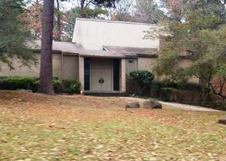 Foreclosed Home in Longview 75601 CLARENDON ST - Property ID: 4383210188