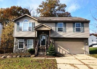 Foreclosed Home in Waterford 48329 BIRCHWOOD DR - Property ID: 4383254876