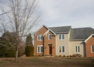 Foreclosed Home in Hughesville 20637 TRIPLE CROWN CT - Property ID: 4383584667
