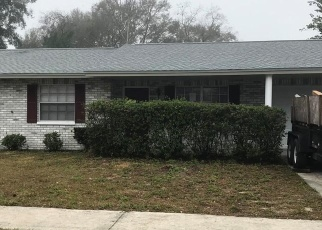 Foreclosed Home in Seffner 33584 SAGAMORE DR - Property ID: 4383778237