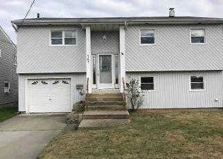 Foreclosed Home in Freeport 11520 GARFIELD ST - Property ID: 4383900893